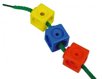 Activités avec des cubes Mathlink